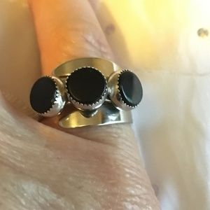 Beau Sterling Jewelry - Sterling Silver Round 3 Stone Black Onyx Ring
